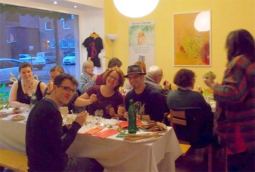 Foto von Gästen vom Veggie-Schlemmerabend